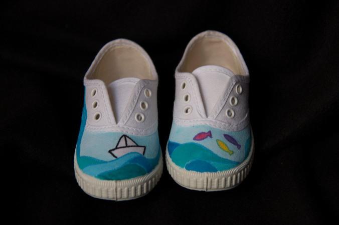 zapatillas pintadas a mano 02